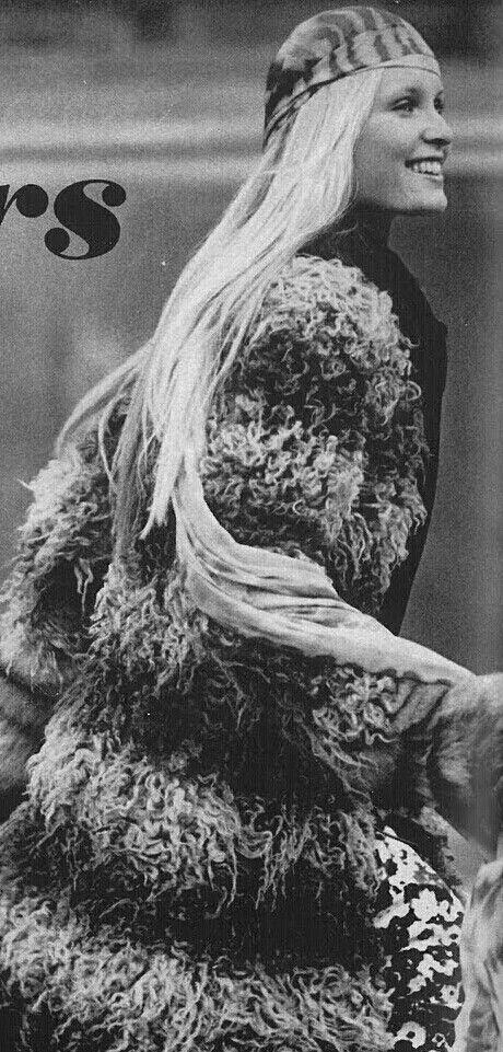 Vogue july 1970 Gunilla Lindblad Photo by Zachariasen: