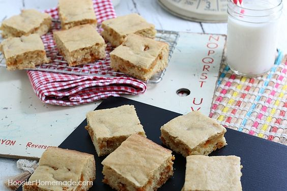 BUTTERSCOTCH BAR COOKIES -- Use this same recipe for endless options of mix ins! These Bar Cookies are super easy and can be made in under 30 minutes!