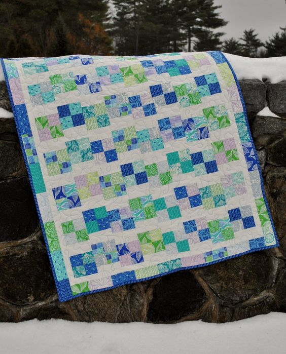 Baby Quilt Pattern using jelly roll layer cake or FQs