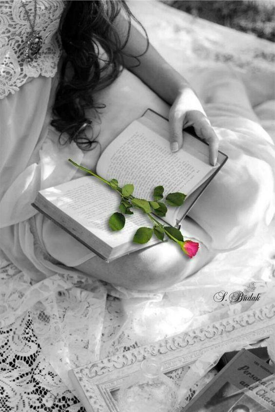 Tristeza Explosao De Cor Foto Em Branco E Imagens Perfeitas