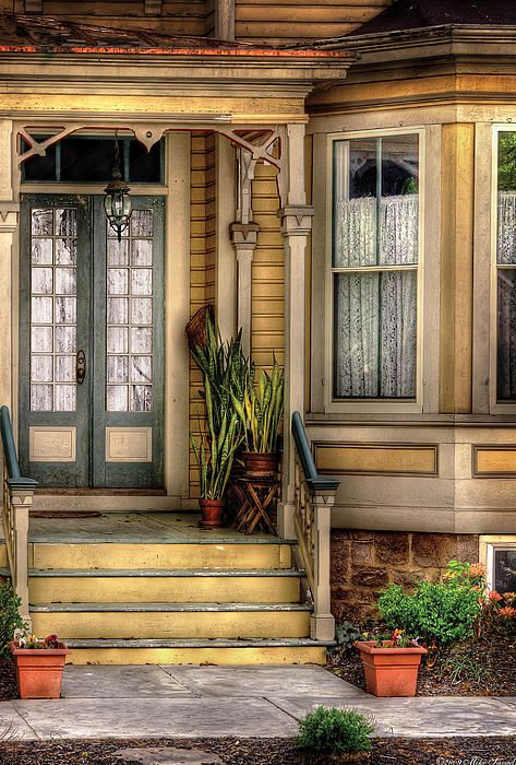 Very nice victorian illustration this old house for Nice doors for house