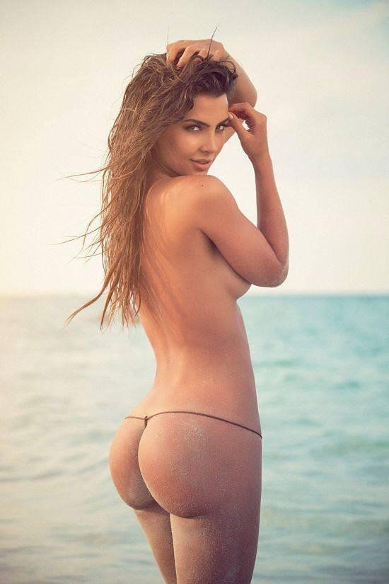 velez beach ass Natalia