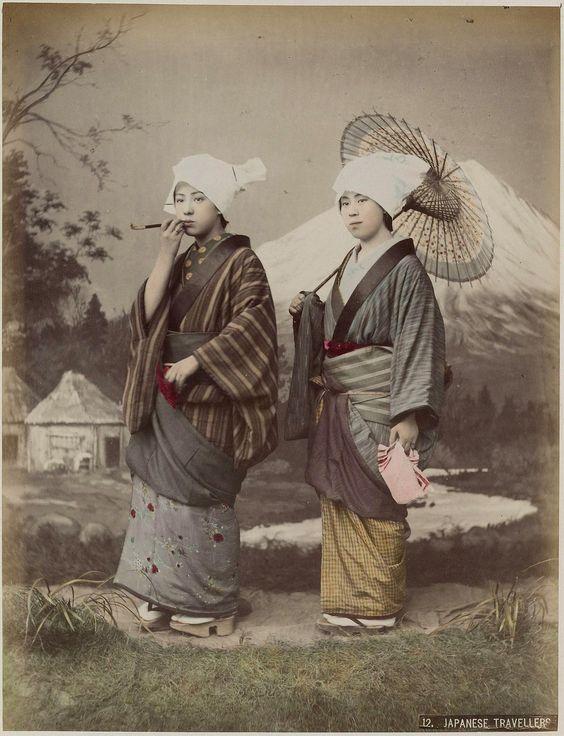 https://flic.kr/p/q9cEjf   album japan 1890-1900  (23)   Uit verzameling reisalbums, universiteit Leiden in geheugen van nederland