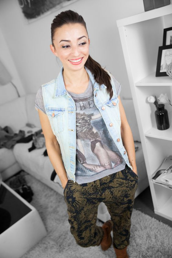 Casual Jeans-Westen Outfit! Get the whole Look here: https://www.youtube.com/watch?v=-O-7lp5UZz8&list=PLtGb6Y2pYima5lNJsEx_tLraQdxgxWPJV