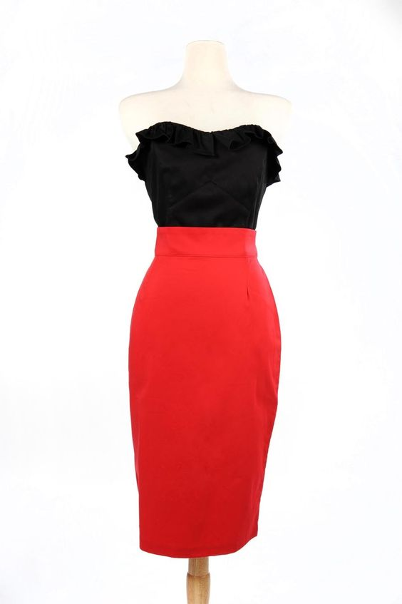 Retro Pencil Skirt in Racy Red - Plus Size