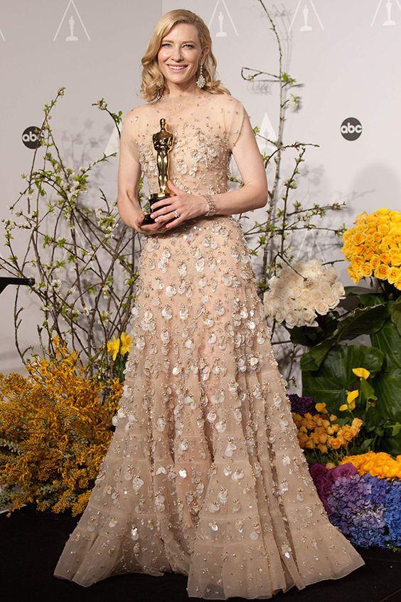 ケイト・ブランシェット 全てが破格のスケール! アカデミー史上最高値と噂されるドレス。