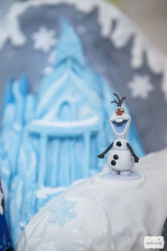 Τούρτα με θέμα την ταινία Frozen ( Ψυχρά κι Ανάποδα)