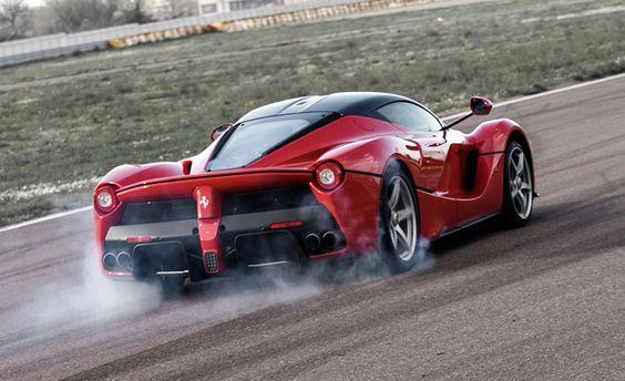 La Ferrari - 0 to 150 mph in 9.8 seconds!