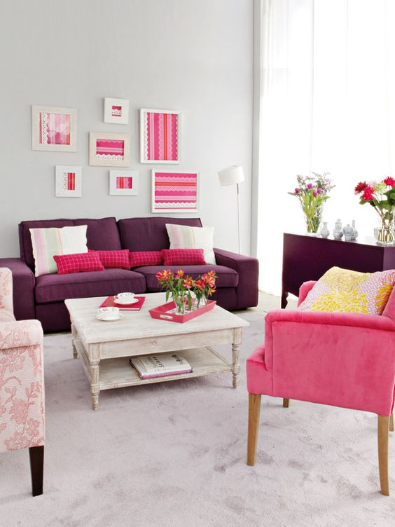 Salones femenino and sillas de color rosa on pinterest for Decoracion interior living comedor