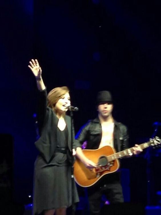 ❤ Demi Lovato, Arena Ciudad De México - Ciudad de México, México #NeonLightsTour 16-05-14.
