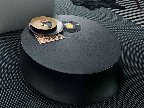 Low bronze coffee table for living room SOORI - POLIFORM