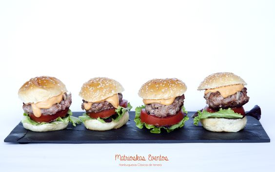 Hamburguesitas clásicas especiales matrioskas eventos