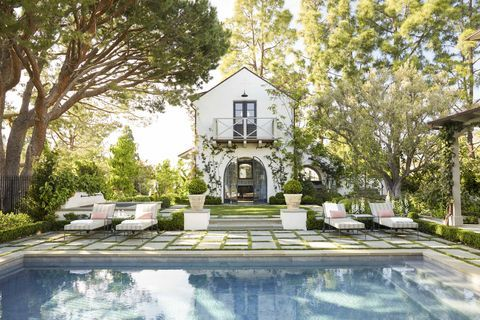 23 Spectacular Swimming Pools That Will Make Your Backyard Feel Like A Resort In 2020 California Homes Pool Designs Swimming Pool Designs