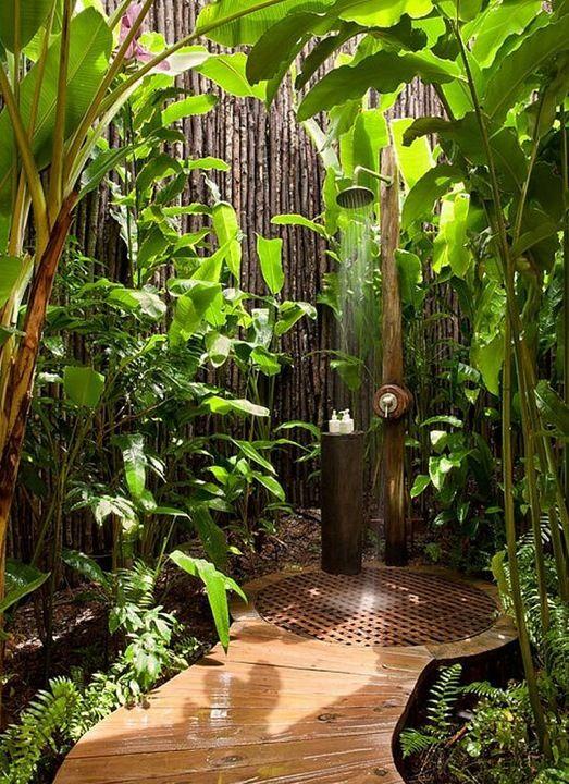 Una regadera en tu jardín...