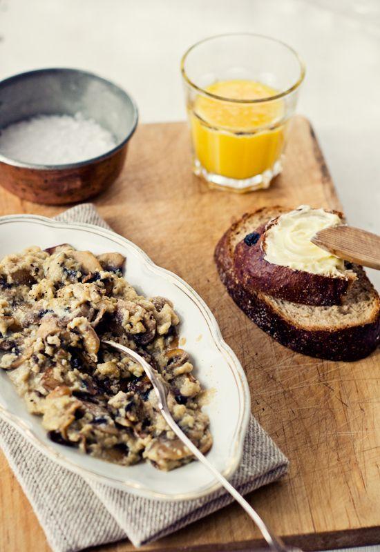 Receta 475 huevos revueltos con champi ones o esp rragos - Comidas con esparragos ...