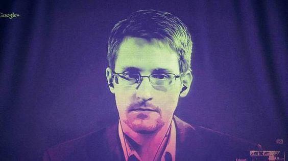 Datenschutz nach Edward Snowden Internet könnte zum despotischsten Werkzeug der Geschichte werden  Phantom-Bild. Edward Snowden während einer Videokonferenz in Straßburg am 24. Juni 2014.