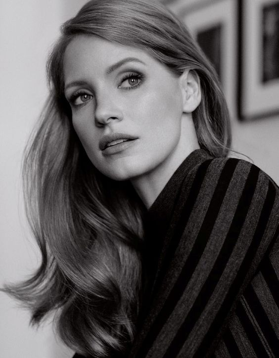 Hair inspiration! Long, layered and gorgeous. Jessica Chastain