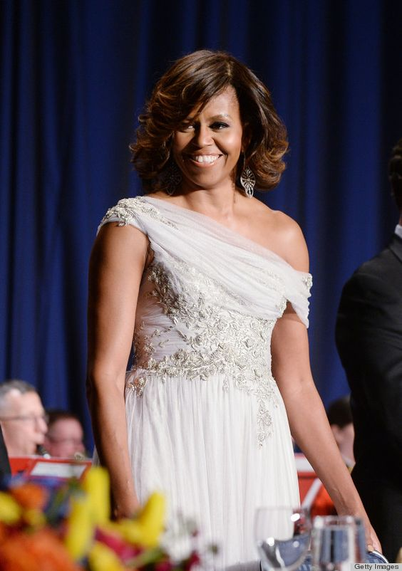 Michelle Obama rocking the hell out of a Marchesa dress at the 2014 White House Correspondent's Association Dinner #NerdProm #WhiteHouseCorrespondentsDinner #WHCD: