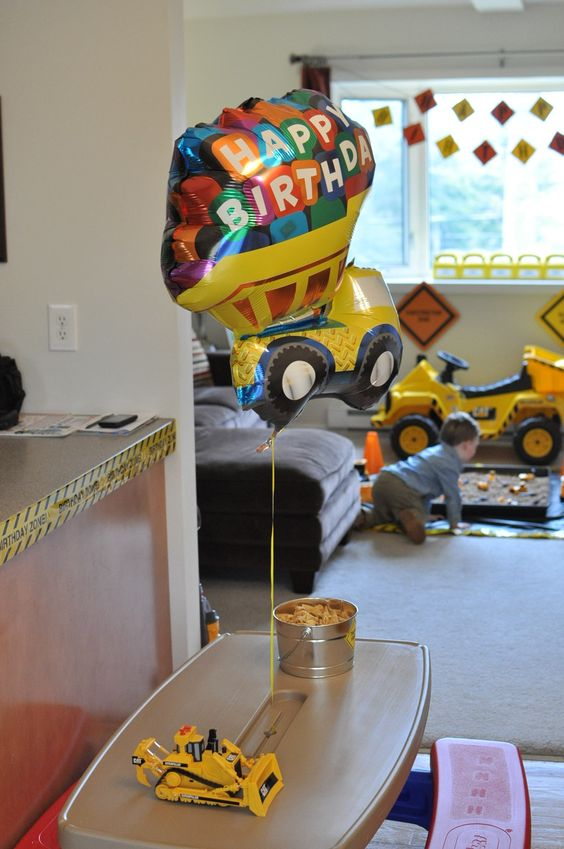 A fun and functional construction-themed party to celebrate our little boy's second birthday.