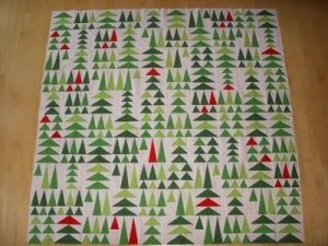 Christmas Tree Quilt by thebrownmoose