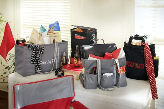 Thirty-One Spirit Collection!! Can I help you find something!?