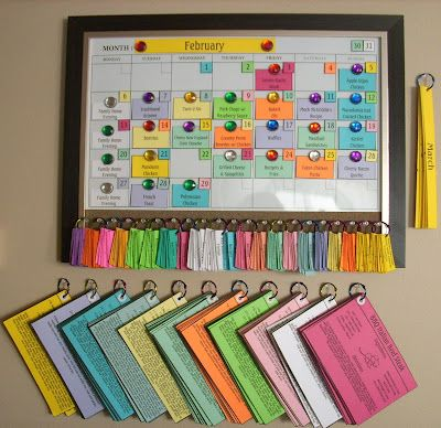 10 different weeks of recipes, along with grocery list and loop together. Once a week you grab one and your menu is set.