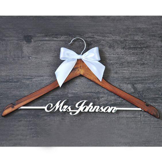 Resultado de imagen de Custom Wedding Hanger with bowknot, Single Line Name Hanger, Personalized Bridal Hanger, Bridesmaids Name
