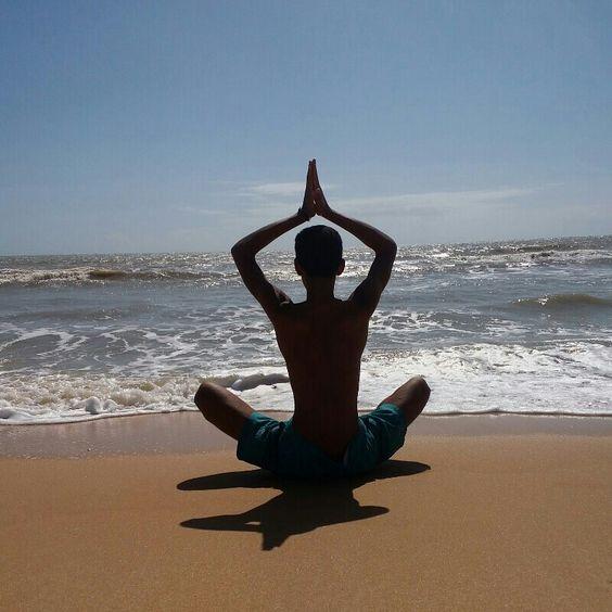 Felicidade é um fim de tarde olhando pro Mar ♡