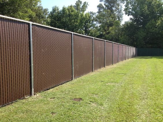 Privacy Slats In 8 Ft Tall Chain Link Fence Chain Link