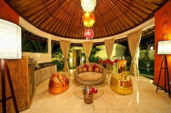 4S Villas is made up of 4 villas – of Sky, Sun, Sea and Sand walking distance to the famous Eat Street in Seminyak. #Seminyak #Bali