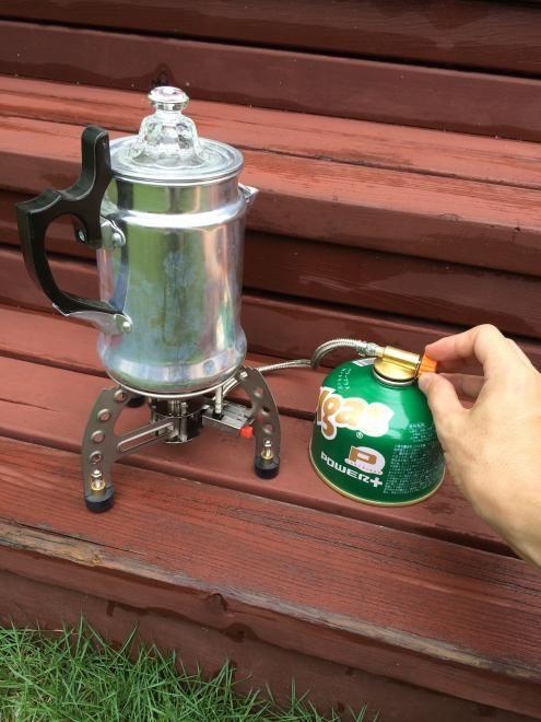 焚き火を囲みながらまたは、 朝一での鳥のさえずりを聞きながらの 1杯のコーヒーは、日常を忘れさせてくれます。 独特な「ポコポコ」というコーヒーを沸く音と香りを 想像するだけで今すぐキャンプに行きたくなります。 #BUYat2ndSTREET http://campaign.2ndstreet.jp/gallery/