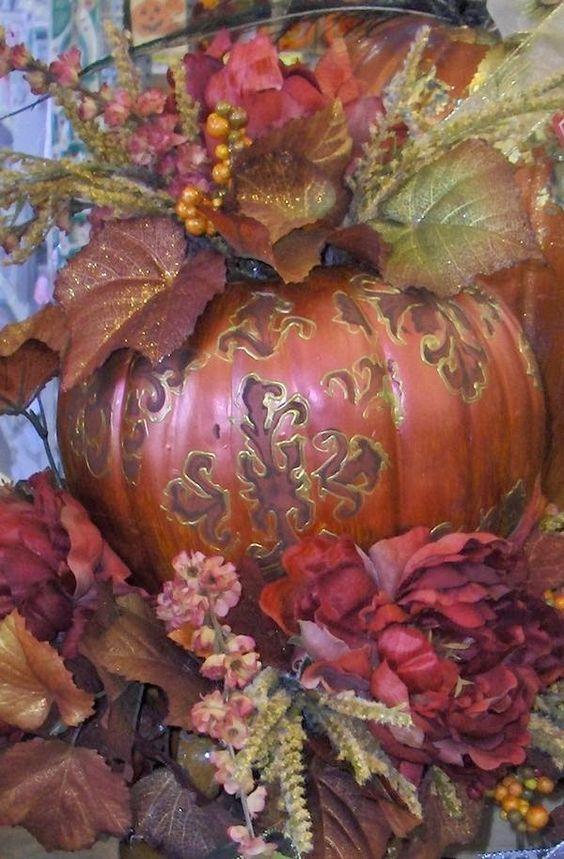 Difficile de ne pas tomber dans le cliché ce mois ci, entre l'Automne et Halloween, mais vous m'excuserez, j'aime trop les deux pour les lo...
