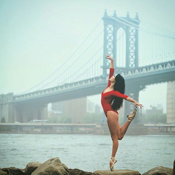 Photo by @omarzrobles  Good morning Mondays ! Wish everyone's week starts on a positive note.  Elizabeth White @ElizabethCarolineWhite #OZR_Dance by fusemagazineonline