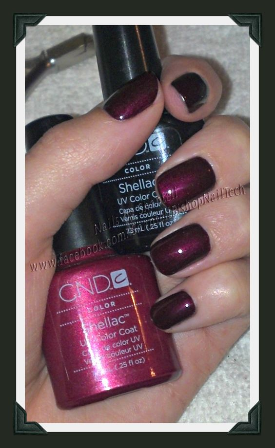 CND Shellac: 2 coats of Black Pool with 1 coat of Masquerade.