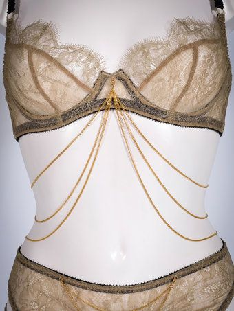 Edge o' Beyond Benjamin Bra Chain