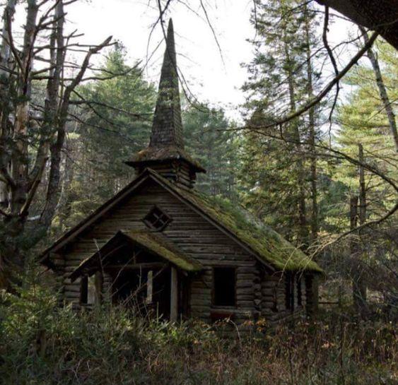 Prokletý kostel E0e9d66272acb96c16392c8658cab939