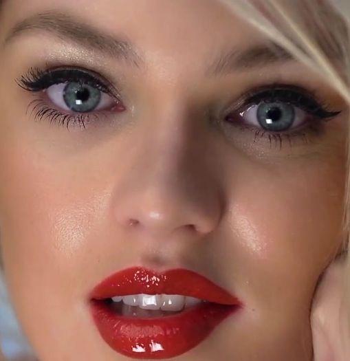 victorias secret red lip winged eyeliner cat eye candice