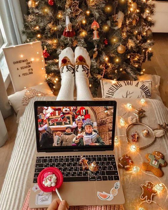 Netflix| Christmas #christmas #netflix #movie #snow #tree #blog