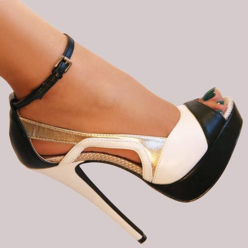 Penny Loves Kenny Womens Ronny Pump in White, Black, Silver: