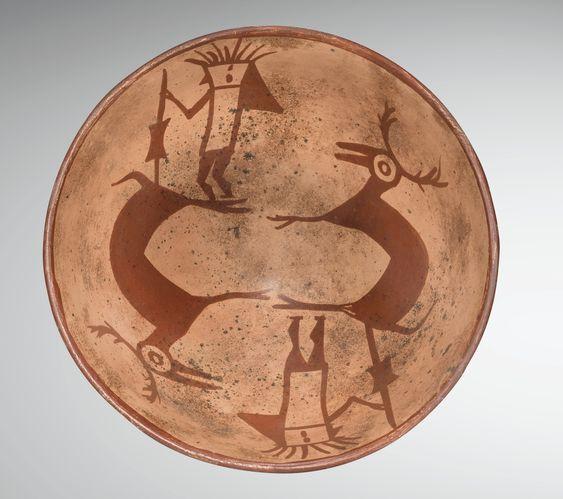 Coupe semi-globulaire représentant une scène de chasse Culture Nariño Style Tuza, Colombie 850-1500 ap. J.-C.