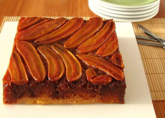 Aprenda a fazer um delicioso bolo de banana caramelizado. (Foto: Divulgação)