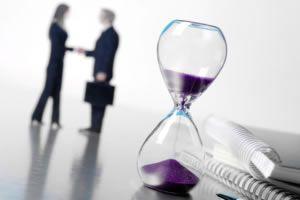 Los sectores sanitario, consumo y servicios son los que registran más contrataciones temporales