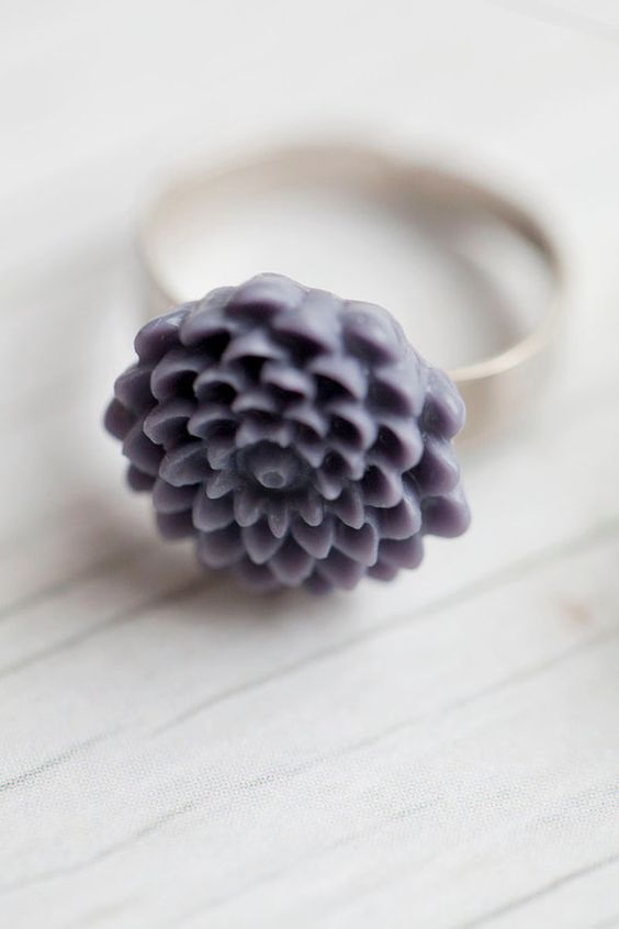 Dark lilac Flower Ring