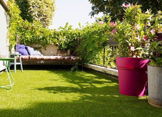 balcon-terrasse-avec-gazon-synthetique-apres-travaux_4800268