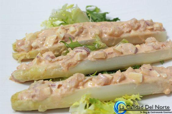 Receta de cocina: Espárragos de Navarra rellenos de gambas. Estas y muchas recetas más en www.LaCalidadDelNorte.com o en nuestra tienda online www.MahatsHerri.com