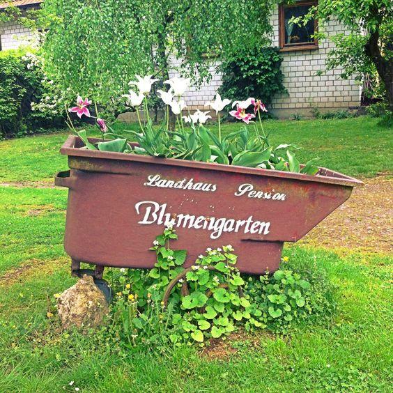 Das Landhaus Blumengarten ... eine Hotelfotostory in Deutschland beginnt.   #HotelBlumengarten #hotel #Germany #Travel #tourism #urlaub #reisen #demipress