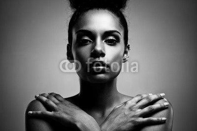 - African Beauty© luminastock -