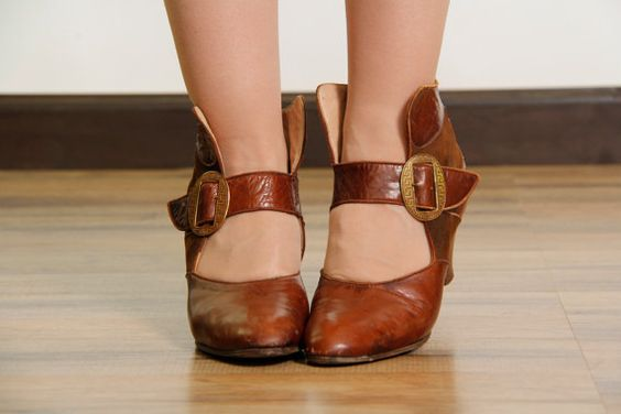 Antique Shoes . Amazing High Heel Footwear Leather & by VeraVague