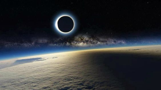 This Mind Blowing Image of the Eclipse Can't Possibly Be Real