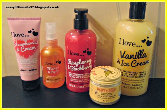 i love...cosmetics & Burts Bees review http://sassylittlenails37.blogspot.co.uk/2015/03/i-lovecosmetics-burts-bees-review.html